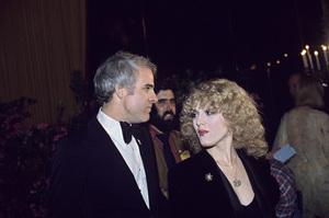 """The American Film Institute Salute to Alfred Hitchock""Steve Martin, Bernadette Peters1979 © 1979 Gunther - Image 11613_0011"