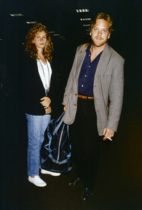 Julia Roberts and Kiefer Sutherlandcirca 1980s© 1980 Gary Lewis - Image 11615_0007