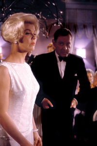 """Midnight Lace""Doris Day, Herbert Marshall1960 Universal © 1978 Bob Willoughby - Image 11651_0006"