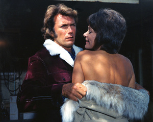 """""""Play Misty for Me""""Clint Eastwood &  Jessica Walter 1971 Universal**I.V. - Image 11690_0017"""