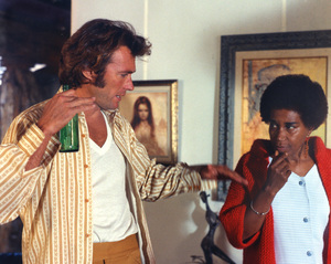 """""""Play Misty for Me""""Dir. Clint Eastwood &  Claire Taylor1971 Universal**I.V. - Image 11690_0018"""