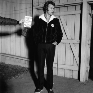 """""""Play Misty for Me"""" Clint Eastwood 1971 Universal Pictures ** I.V. - Image 11690_0029"""
