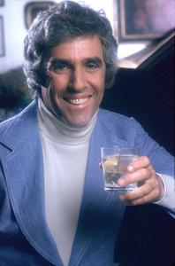 Burt Bacharach1975 © 1978 Mario CasilliMPTV - Image 11707_0006