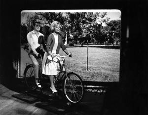 """Lover Come Back""Rock Hudson, Doris Day1961 Universal Pictures © 1978 Leo Fuchs - Image 11806_0006"