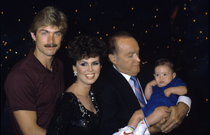Marie Osmond with her husband Steve Craig, son Stephen and Bob Hopecirca 1983 © 1983 Gary Lewis - Image 11820_0027