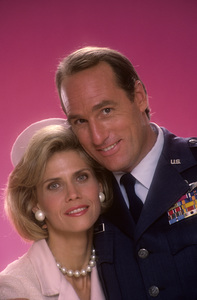 """Call to Glory""Cindy Pickett, Craig T. Nelson1984© 1984 Mario Casilli - Image 11864_0017"