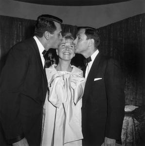 """Pillow Talk"" PremiereRock Hudson, Doris Day, Tony Randall1959 © 1978 David Sutton - Image 1191_0003"