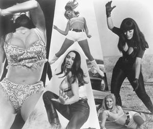 """Faster, Pussycat! Kill! Kill!""Lori Williams, Haji, Tura Satana1965 Strand - Image 11950_0003"
