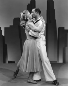 """On the Town""Vera Ellen, Gene Kelly1949 MGM**I.V. - Image 11997_0023"