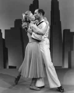 """On the Town""Vera Ellen, Gene Kelly1949 MGM**I.V. - Image 11997_0023"