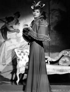 """Goodbye Mr. Chips""Greer Garson1939 MGM**I.V. - Image 12007_0012"