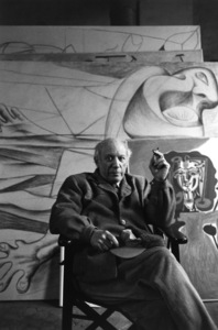 Pablo Picasso at his studio on Rue Des Grands Augustins in Pariscirca 1950s © 1978 Sanford Roth / LACMA - Image 12059_0005