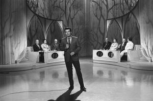 """The Newlywed Game""Host Bob Eubanks1967Photo by Bert Mittleman - Image 12136_0001"