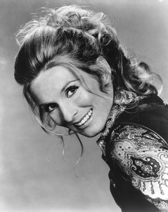 """Cloris Leachman in """"Phyllis""""1975 - Image 1216_0007"""