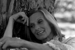Cloris Leachman1978** H.L. - Image 1216_0027