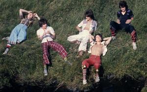 The Bay City Rollers (Stuart John Wood, Les McKeown, Alan Longmuir, Eric Faulkner, Derek Longmuir)circa 1974© 1978 Gunther - Image 12179_0031
