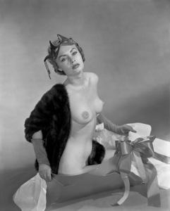 Pin-ups / Nudes (Willemina Lathan)circa 1950s © 1978 Wallace Seawell - Image 12274_0006
