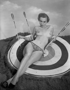Pin-ups / Nudes (Willemina Lathan)circa 1950s © 1978 Wallace Seawell - Image 12274_0008