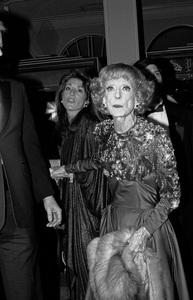 """American Cinema Awards""Bette Davis01-31-1988 © 1988 Gunther - Image 12295_0002"