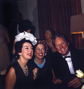 """Cobina Wright Party""Rosalind Russell, Van Johnsoncirca 1955 © 1978 Wallace Seawell - Image 12358_0019"