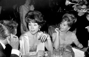 """""""Academy Awards: 36th Annual""""Shirley MacLaine and Debbie Reynolds1964 © 1978 David Sutton - Image 12363_0001"""