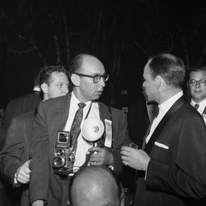 Bernie Abramson and Frank Sinatracirca 1960 © 1978 Bernie Abramson - Image 12367_0006
