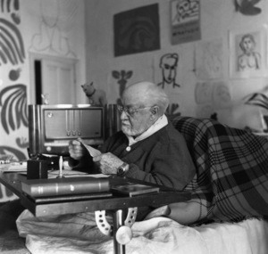 Henri Matisse in Nice, France circa 1950 Photo by Sanford Roth © 1998 Los Angeles County Museum of Art - Image 12414_0001