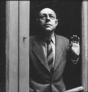 Jean Dubuffet in Paris circa 1950 Photo by Sanford Roth / © 1998 L.A.C.M.A. - Image 12417_0001