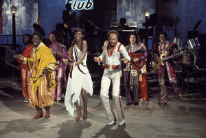 """Earth, Wind and Fire"" Maurice White performing with Natalie Cole circa 1978 Photo by Gabi Rona  - Image 12444_0001"