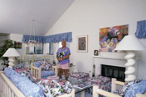 Gavin MacLeod at homecirca 1980s© 1978 Gene Trindl - Image 12445_0013