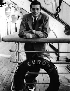 Laurence Oliviercirca 1935 - Image 1248_0015