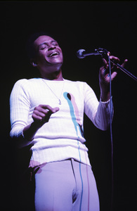 Al Jarreau1975 © 1978 Ed Thrasher - Image 12495_0009