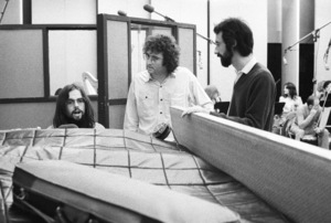 Jimmy Webb and Randy Newman at a recording sessioncirca 1970s© 1978 Ed Thrasher - Image 12506_0011