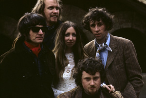 Pentangle (Bert Jansch, Jacqui McShee, John Renbourn, Terry Cox, Danny Thompson)1969© 1978 Ed Thrasher - Image 12515_0002
