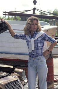 Donna Mills 1977 ** H.L. - Image 12549_0036