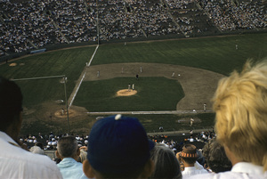 The Los Angeles Dodgers playing at the Los Angeles Memorial Coliseum1960 © 1978 Bernie Abramson - Image 12577_0018