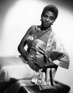 Miriam Makeba1960© 1978 Maurice Seymour - Image 12586_0003