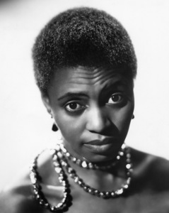 Miriam Makeba1960© 1978 Maurice Seymour - Image 12586_0004