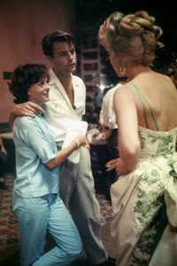 """""""Can-Can""""Natalie Wood, Robert Wagner, Shirley MacLaine1960© 1978 Bob Willoughby - Image 1260_0055"""