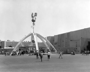 P.O.P. (Pacific Ocean Park)circa 1960 / Santa Monica, CA** M.W. - Image 12622_0011