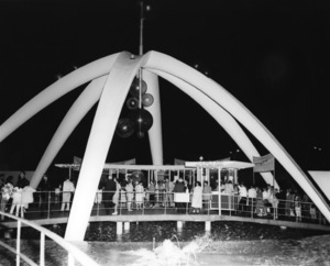 P.O.P. (Pacific Ocean Park)circa 1960 / Santa Monica, CA** M.W. - Image 12622_0014