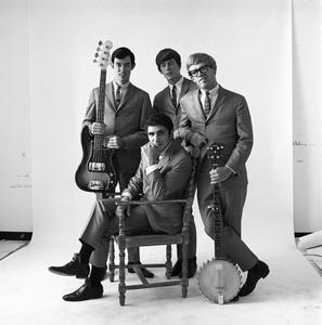 The Modern Folk Quartet (Cyrus Faryar, Henry Diltz, Chip Douglas, Jerry Wester) 1964 © 1978 Ed Thrasher - Image 12630_0104