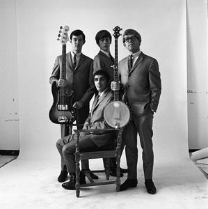 The Modern Folk Quartet (Cyrus Faryar, Henry Diltz, Chip Douglas, Jerry Wester) 1964 © 1978 Ed Thrasher - Image 12630_0105