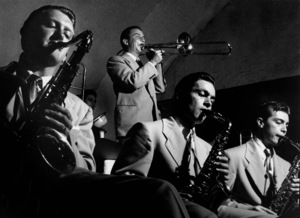 Stan Kenton Orchestra: Bob Cooper, Milt Berhart, Art Pepper, and Bud Shank in Balboa, 1950. © 1978 Bob Willoughby / MPTV - Image 13360_101