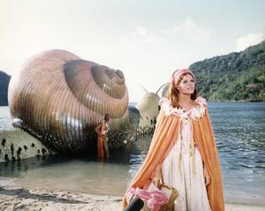 """""""Doctor Dolittle"""" Geoffrey Holder, Samantha Eggar 1967 20th Century Fox © 1978 Ted Allan"""