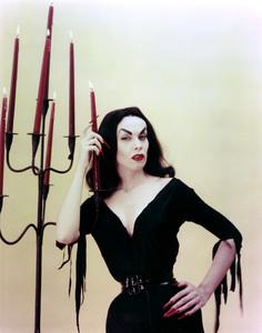 "Maila ""Vampira"" Nurmi 1955 **I.V. - Image 13440_0013"