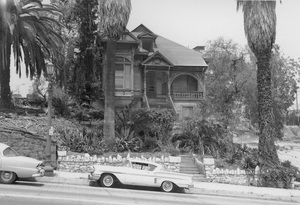Historical Category221 S. Olive Street, home of former Movie Star,Los Angeles, CA7-14-1961Photo by Leo Caloia**K.B. - Image 13480_0019