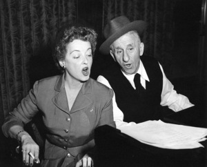 """Jimmy Durante Show, The""Bette Davis, Jimmy Durante1954 / NBCPhoto by Gerald Smith - Image 13499_0003"