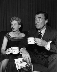"""Lux Radio Theatre""Deborah Kerr, Walter Pidgeoncirca 1950 Photo by Gabi Rona  - Image 13616_0001"