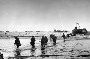 6 June 1944D-Day Invasion of Normandy, FranceOmaha Beach, Easy Red Sector1st Army, 1st Division© 1978 Herman V. Wall - Image 13651_0012